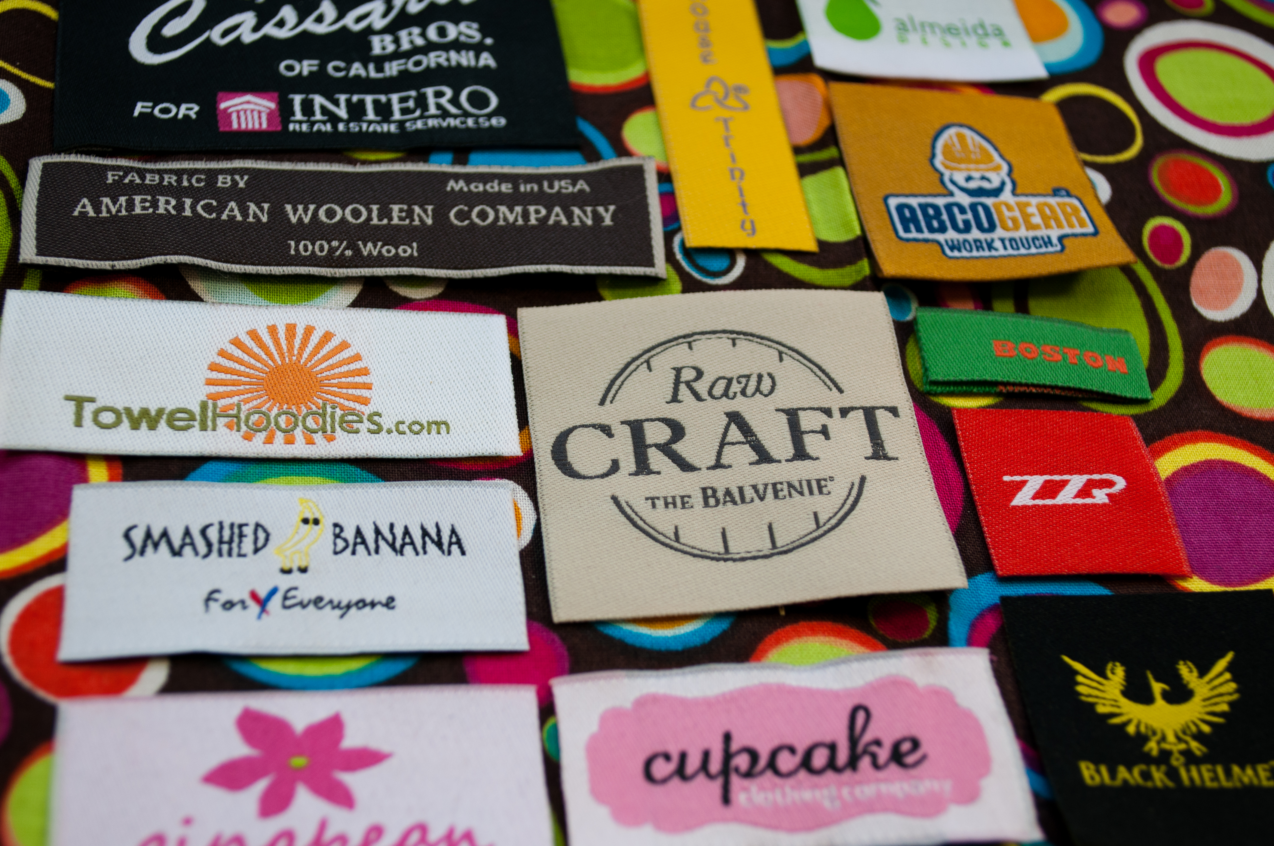 Printed And Woven Fabric Labels Tags For Clothing